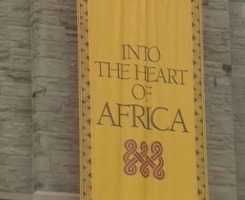 Royal Ontario Museum apologizes over racist exhibit ... 27 ...