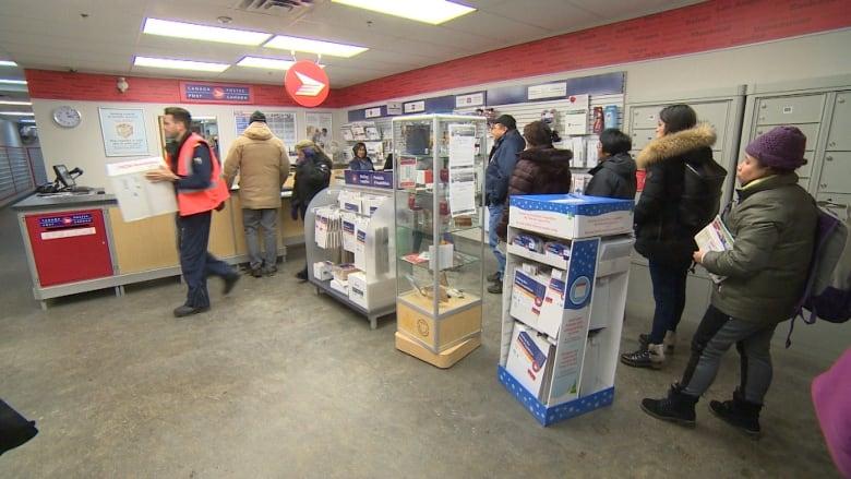 Iqaluit Canada Post office
