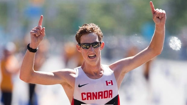 Canada's Evan Dunfee, who took a break from race walking after finishing fourth in the men's 50-kilometre race at the Rio Olympics, ran the Fall Classic Half-Marathon in Vancouver on Sunday and won in a time of one hour 10 minutes 44 seconds.