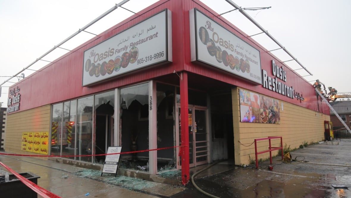 fire destroys the oasis restaurant on concession street. Black Bedroom Furniture Sets. Home Design Ideas