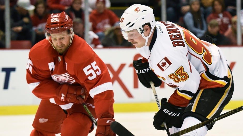 Flames down Red Wings to pick up 3rd win in 4 games | CBC Sports