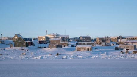 Nick Murray Igloolik November 2016 houses homes nunavut