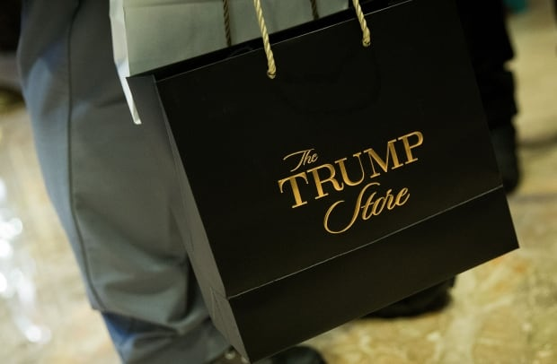 Trump Tower shopping