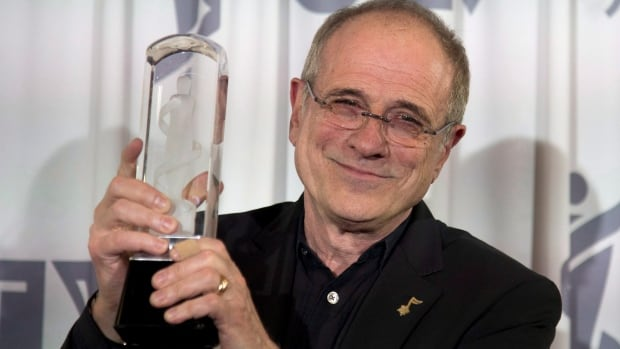 Bob Ezrin celebrates his 2016 Juno Award