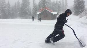 Brace yourself! West Coast preps for Thursday night snowstorm