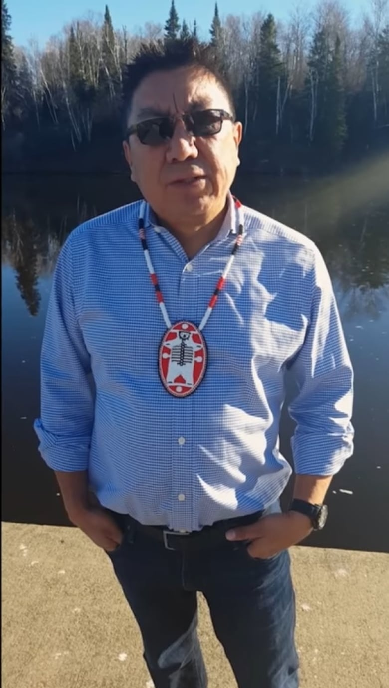 Celebrities, activists rally support for Nunavut hamlet's