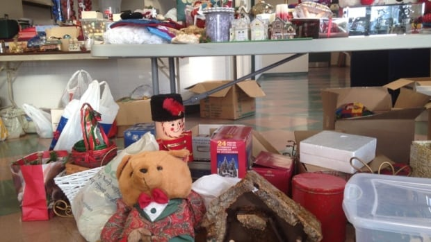 The United Way says it is arranging for flood victims to pick up the donated decorations on Thursday.