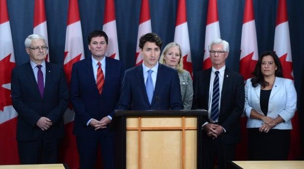 Trudeau Pipeline 20161129