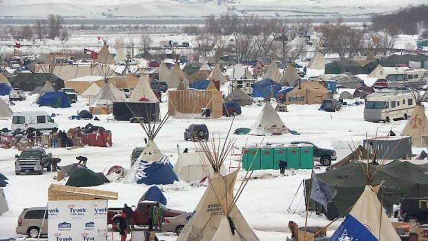Oceti Sakowin Camp in snow
