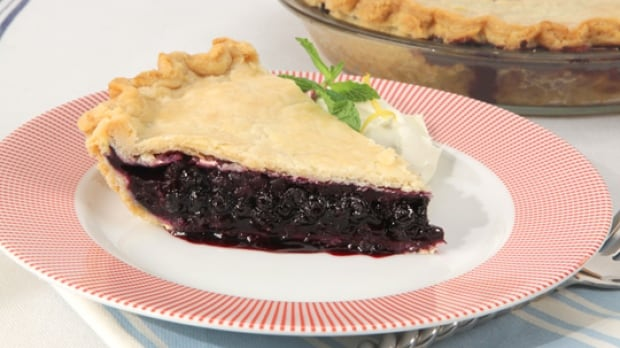 Old fashioned blueberry pie