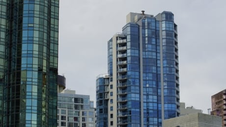 Mayor's motion on condo pre-sales may not impact Vancouver's affordability