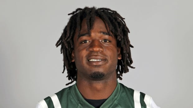 Joe McNnight, from a 2013 photo when he was with the New York Jets, played most recently in the CFL with the Saskatchewan Roughriders. Officials in Louisiana said he was shot to death following an argument at an intersection with another motorist on Thursday.