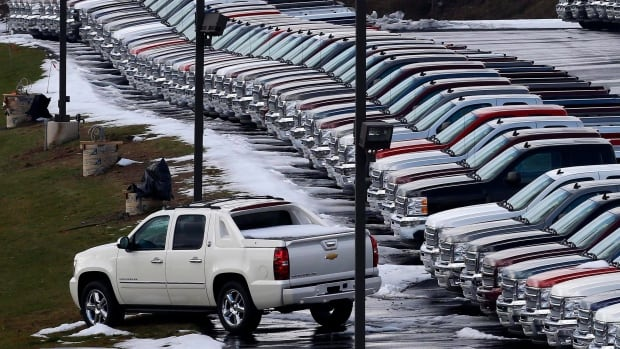 Strong sales of SUVs and light trucks helped boost GM and Ford Canadian sales in November.