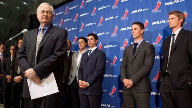 NHLPA executive director Donald Fehr, pictured during the 2012 lockout, still hopes that the NHL and the players can come to an agreement for the 2018 Olympics.