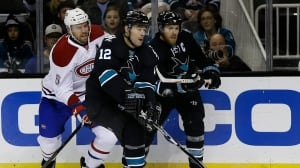 Sharks pull away from Habs early in win