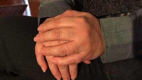 Hands mountie neighbour ottawa
