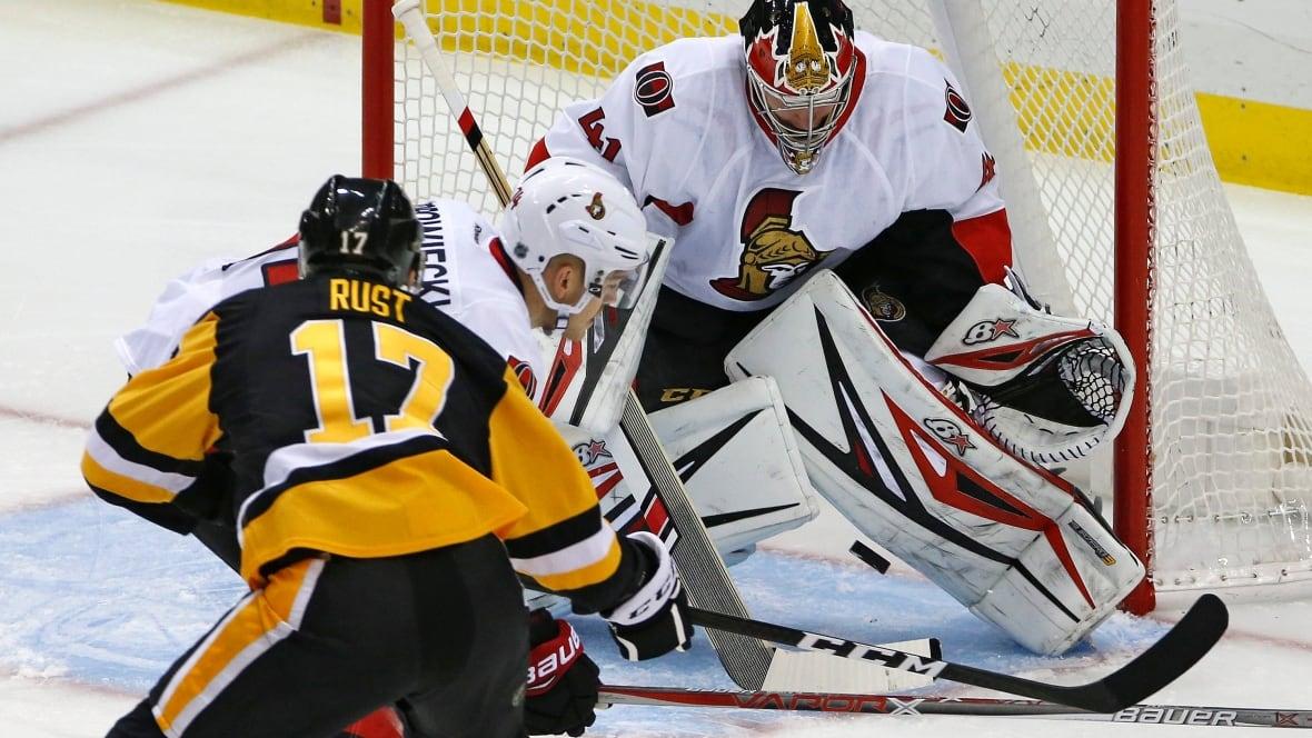 Senators-penguins-hockey
