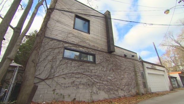 Laneway homes could be a solution to Toronto's housing crisis, advocates say.