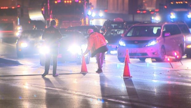 Man struck and killed on Hwy. 401 in North York