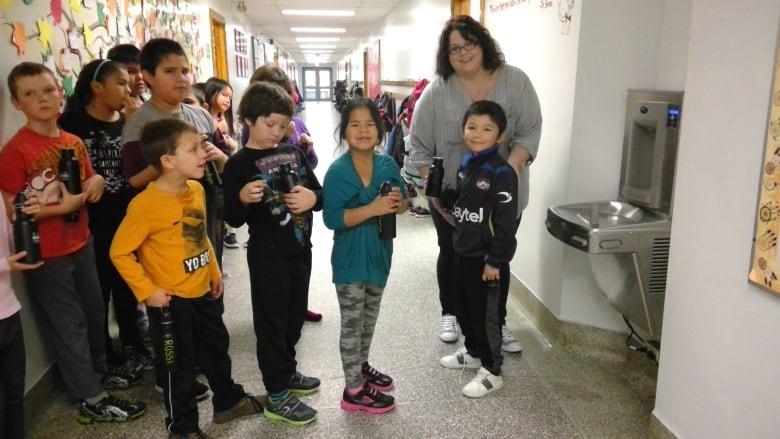Thunder Bay elementary schools get new water bottle filling