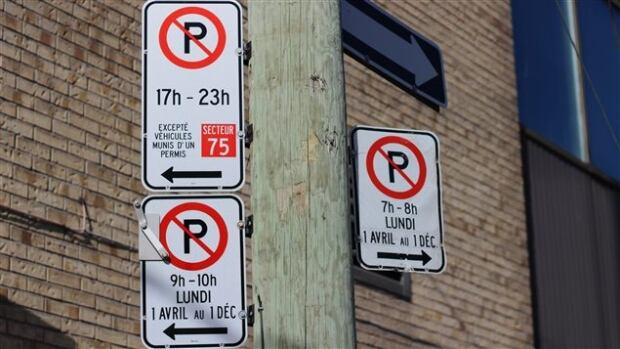 Parking signs Montreal