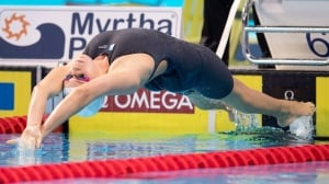 Kylie Masse picks up Canada's 1st short-course silver medal