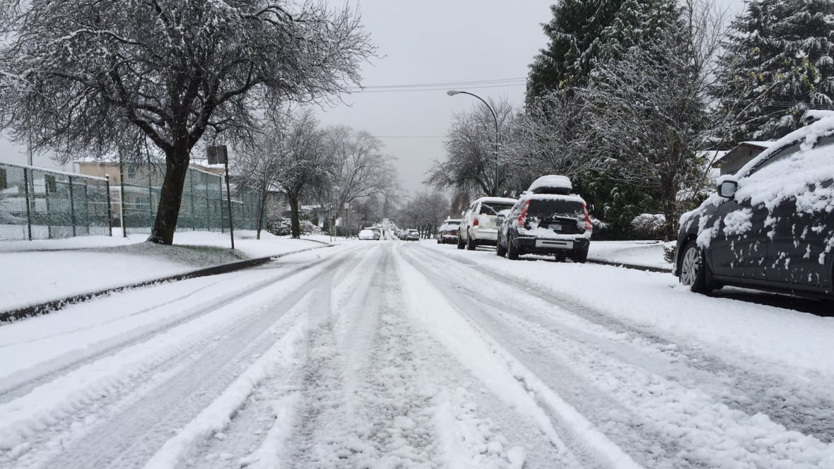 Snow Expected Thursday Night In Metro Vancouver British Columbia Cbc News