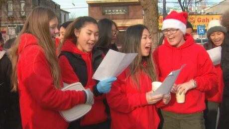 Port Moody students give back on Downtown Eastside