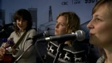 The Good Lovelies stop in Winnipeg for 10th anniversary tour with babies in tow
