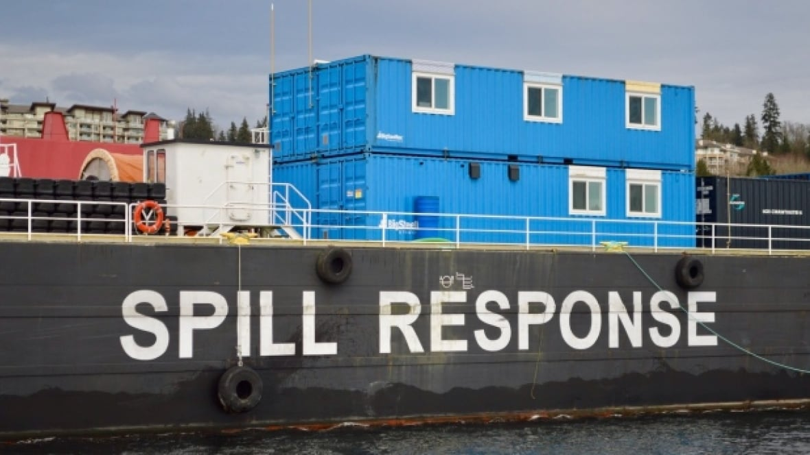 B.C. oil spill response times make Trans Mountain Pipeline 'a ticking time bomb'