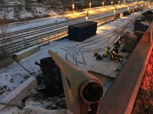 Toronto Gardiner crash 1