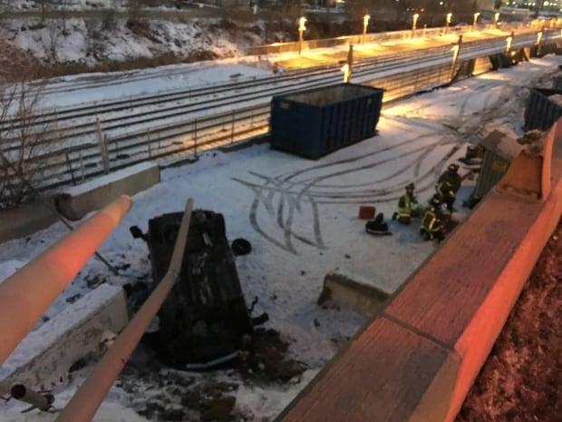 Toronto Gardiner crash 2