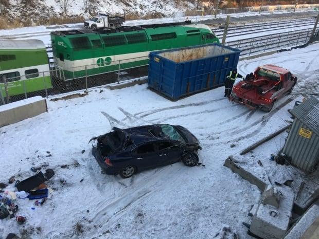 Toronto Gardiner crash 5