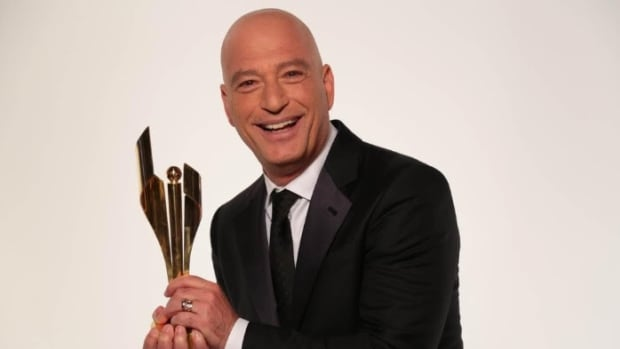 Howie Mandel will return home to Toronto to host the Canadian Screen Awards in March, 2017.