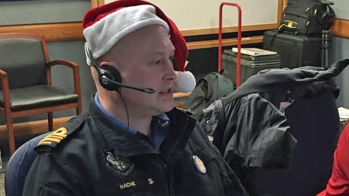 Tracking Santa: Nigadoo man helps NORAD - CBC.ca