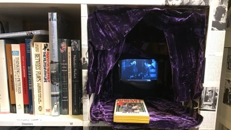 Sideshow Books-1