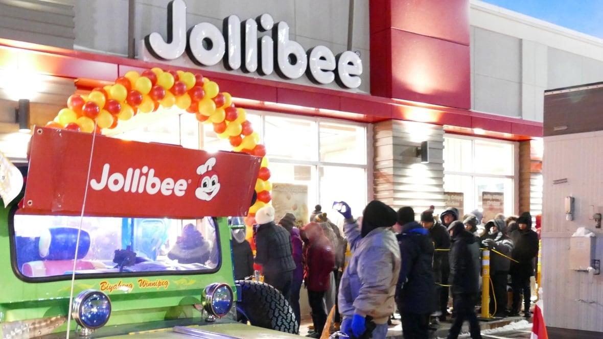 Jollibee's 1st Canadian location opens in Winnipeg as ...