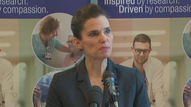 Science Minister Kirsty Duncan says the government hopes to ban asbestos in Canada by 2018.