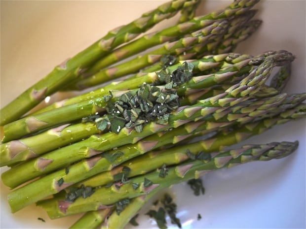 Roasted Asparagus Salad - Preparing to roast