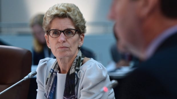 Ontario Premier Kathleen Wynne will announce a small cabinet shuffle Thursday.