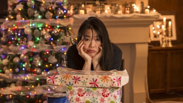 Two experts say women feel holiday stress more than men. Why is that?