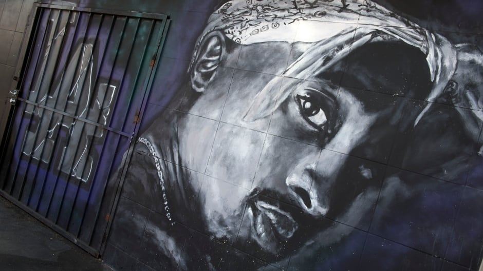 A wall dedicated to the memory of US rapper Tupac Shakur is seen on May 26, 2016 in  Los Angeles, California.