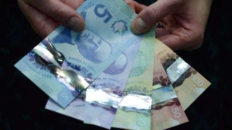 Bank Notes Women 20160308