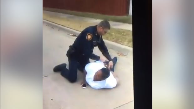 fort worth police investigating alleged officer misconduct arrest mother daughter