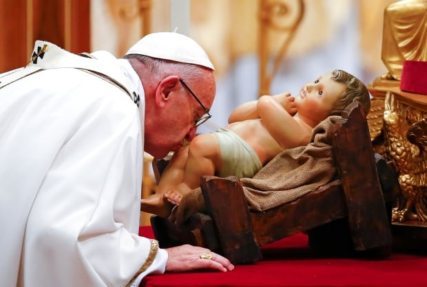 Pope Francis holds yearly Christmas Eve mass - World - CBC News