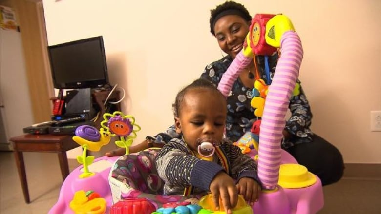 Montreal Organization Gives Single Parent Families Housing Support