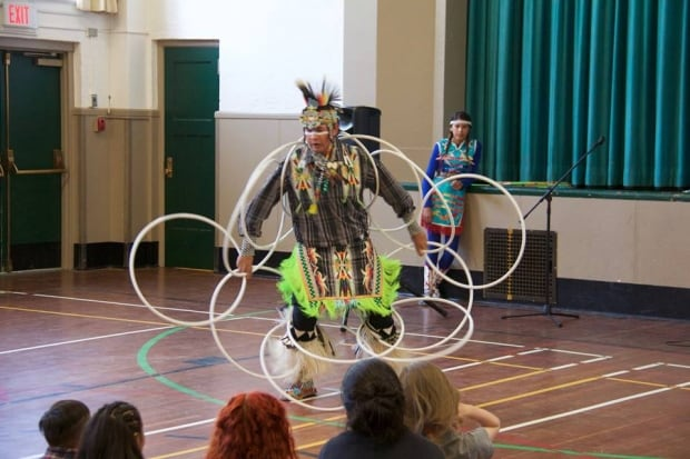 YNOTFORTOTS hoop dancer