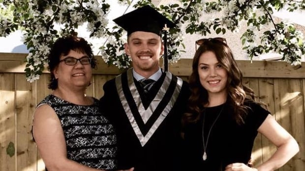 'Disappointing': Judge halts fatality inquiry into death of nursing student killed by mother | CBC News