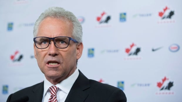 Hockey Canada CEO Tom Renney has signed a letter asking the KHL to allow its players to participate at the 2018 Winter Olympics.