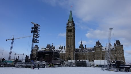 Parliament Hill 2016 NYE setup party